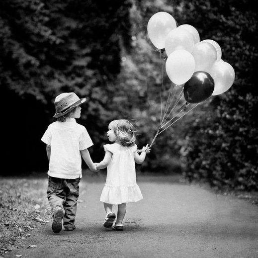 kids with ballons